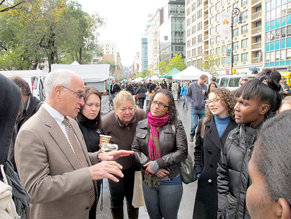 Undersecretary for Natural Resources and the Environment, Harris Sherman talks with students from Brooklyn College about USDA and its role with helping urban communities access locally grown, fresh food.